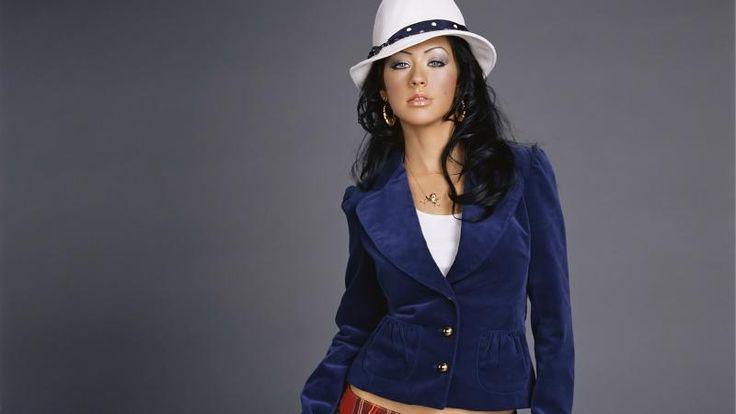Charming Look Of Christina Aguilera