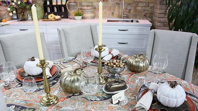 Traditional Decor for Thanksgiving Dinner