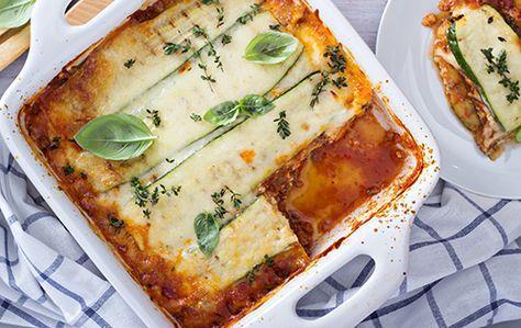 Fort savoureuse et hypocalorique à l'extrême, la courgette remplace les pâtes dans cette lasagne végétarienne à la ricotta.