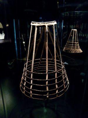 ENTRE TELAS: MIRIÑAQUES ... MUSEO DEL DISENNY DE BARCELONA