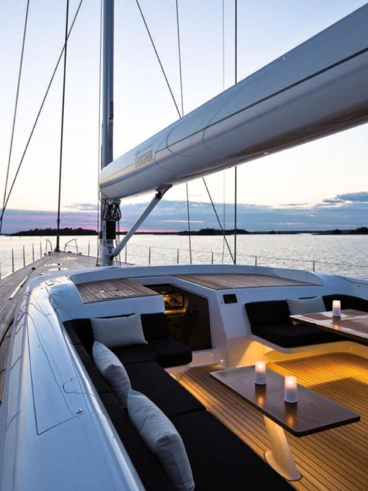 Extravagant yachts for you to pin and dream of… Get more ideias from glammedup…