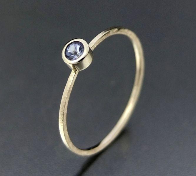 BIZOE - Złoty pierścionek z tanzanitem  w BIZOE na DaWanda.com