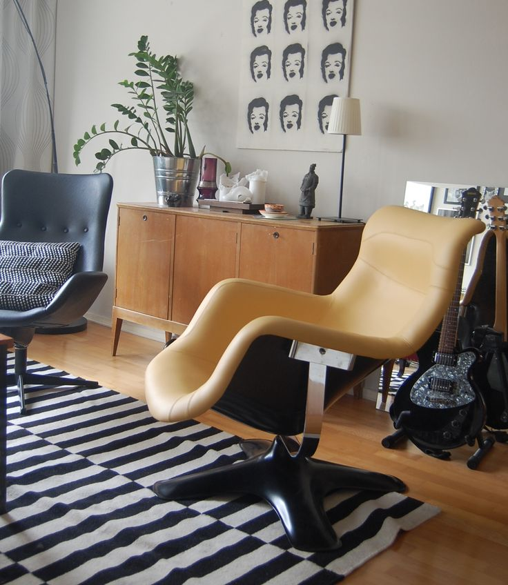 Karuselli-chair Yrjö Kukkapuro.  Newly upholstered by Anu-Riina