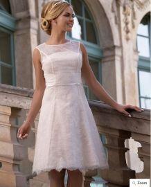 Nieuwe  korte bruidsjurk 2017 collectie : Daisy ( rose) compleet klaar voor 1000,-