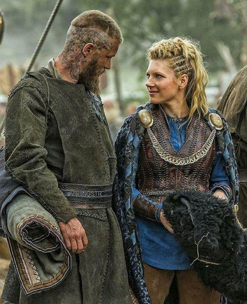 . . #vikings #ragnar #lagertha #historyvikings #vikings #lothbrok Vikings History Vikings Vikings Series Lothbrok HVITSERK Norse