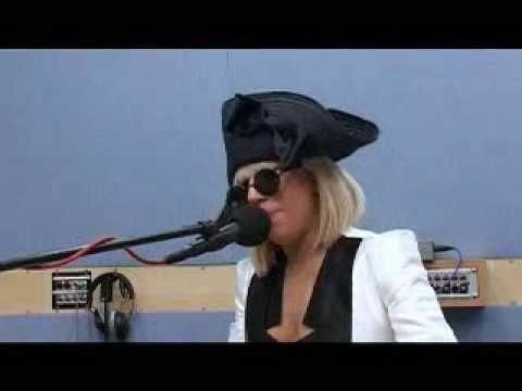 Lady Gaga - Poker Face (Piano Version) / still love this version