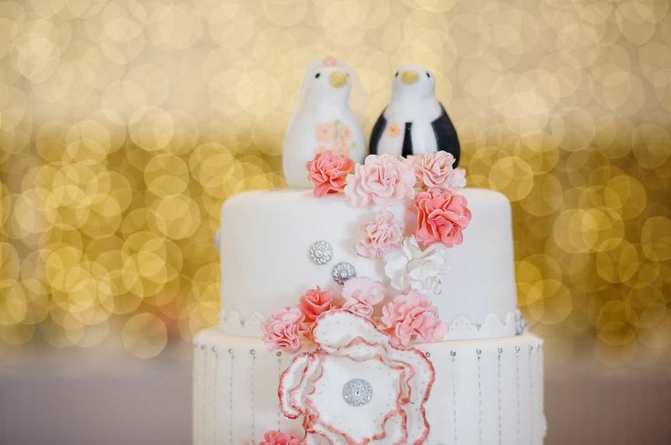 Adorable bird cake toppers