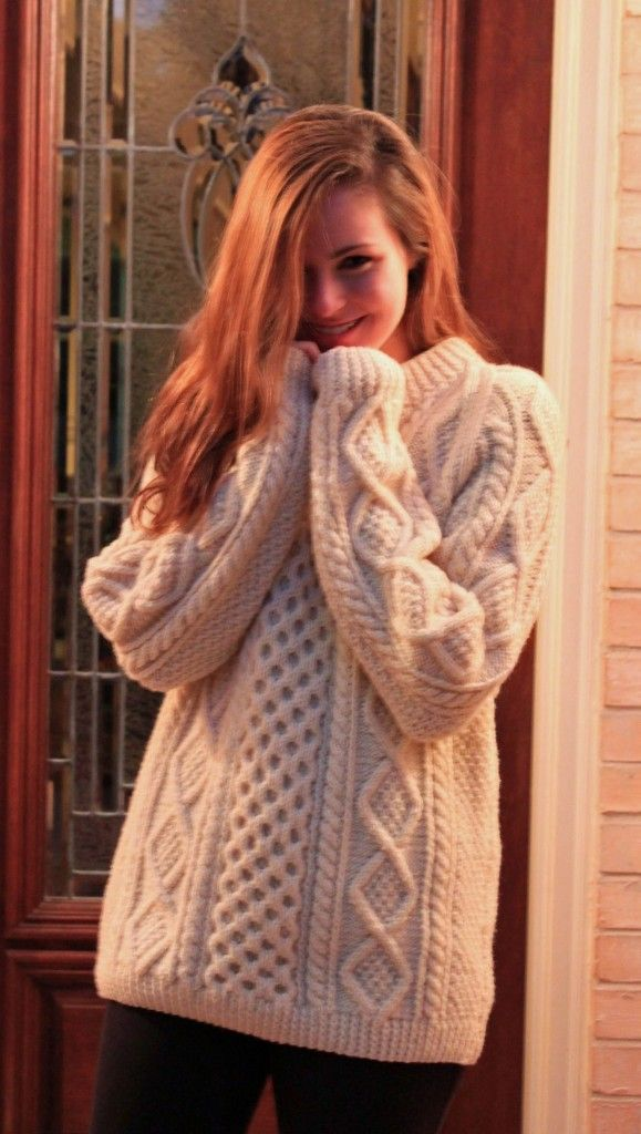 Cozy Hand Knit #Irish Fishermans Sweater // Looks like something a lobsterman's wife would wear. ^_^ ;D *hums*