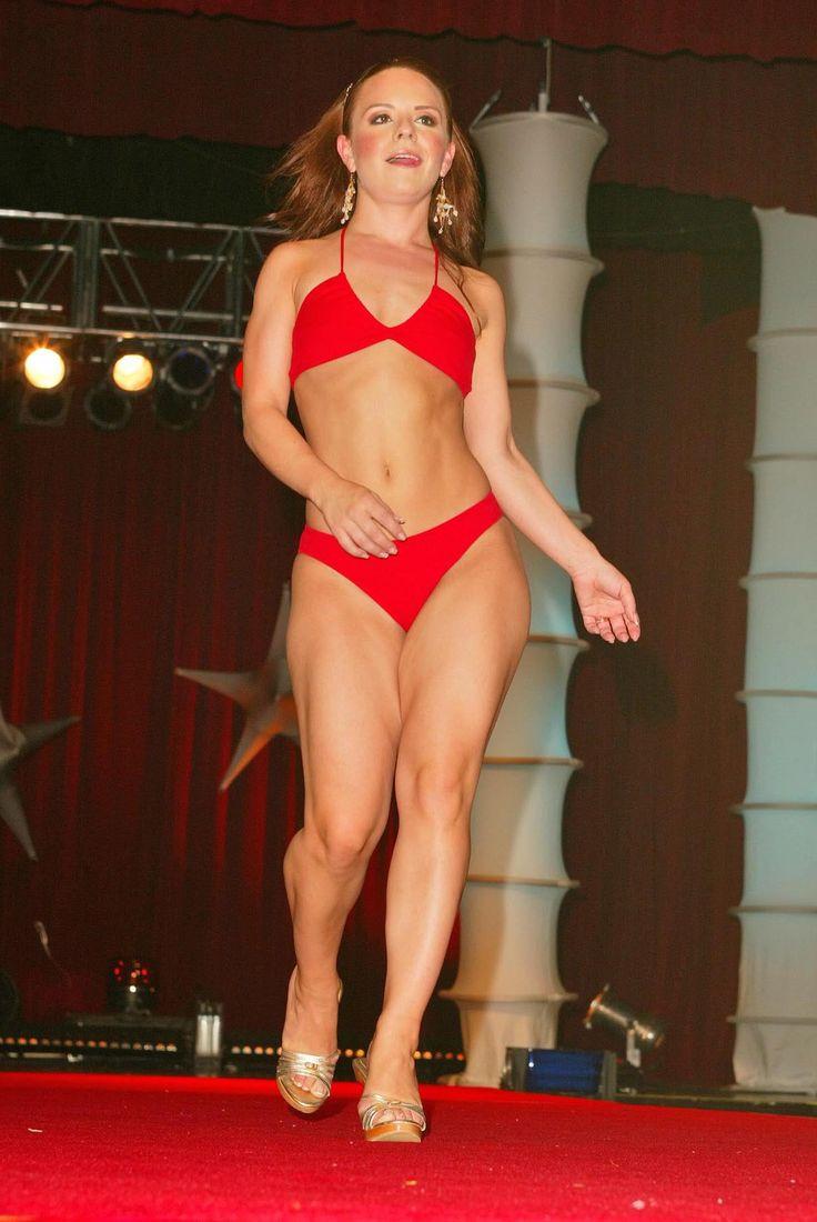 Jennifer van oy bikini pictures
