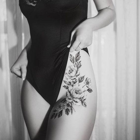Banknatisi: tattoo frau bein