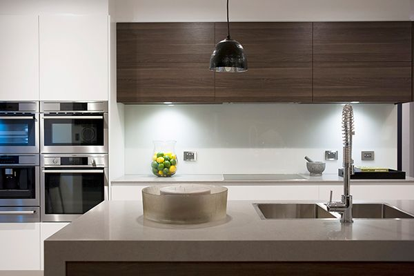 Polytec ravine cafe oak polytec ravine embossed for Display home kitchens