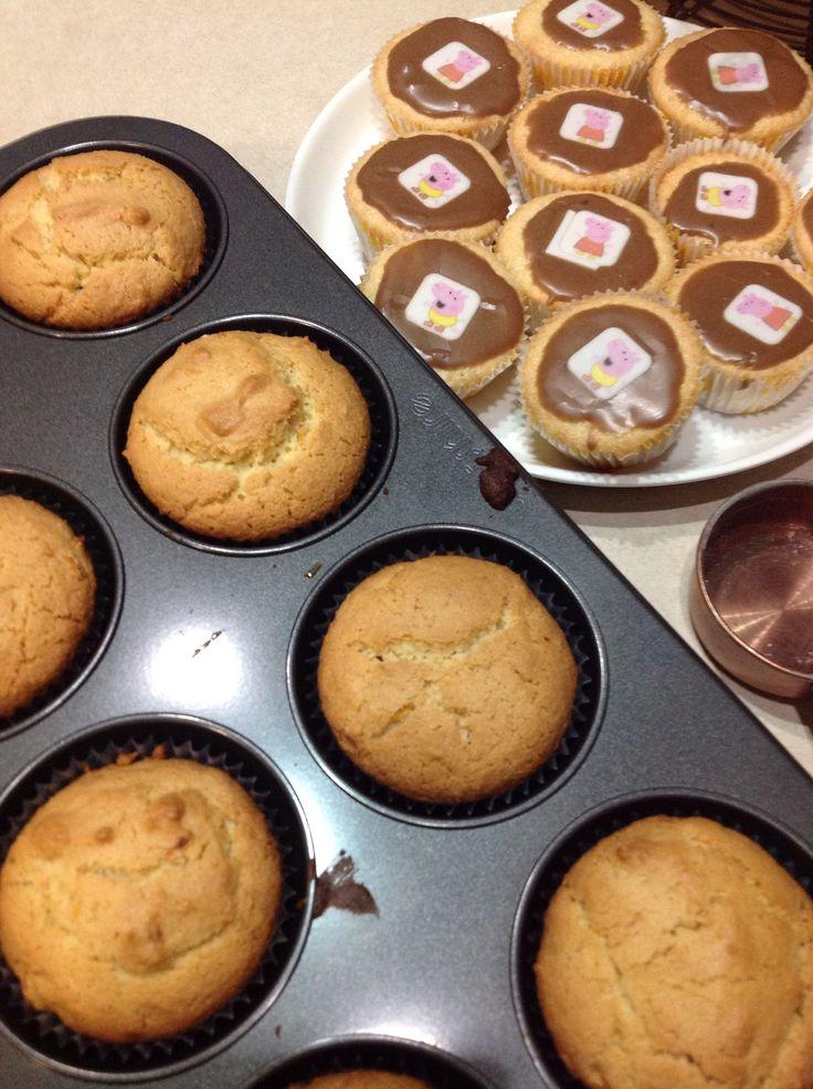 Orange and almond muffins