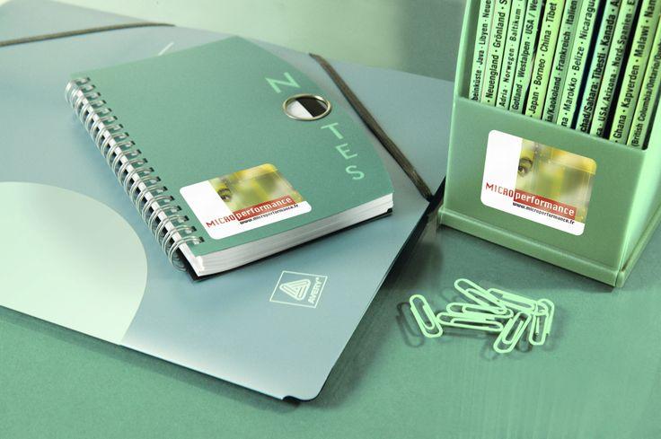Błyszczące etykiety na produkty  http://www.avery-zweckform.pl/products/labels/glossy-labels/