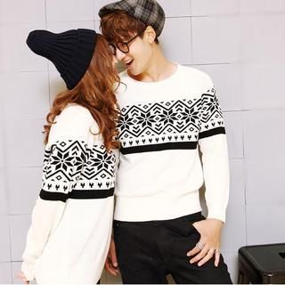 Buy 'Evolu – Snowflake Print Couple Sweater' with Free International Shipping at YesStyle.com. Browse and shop for thousands of Asian fashion items from China and more!