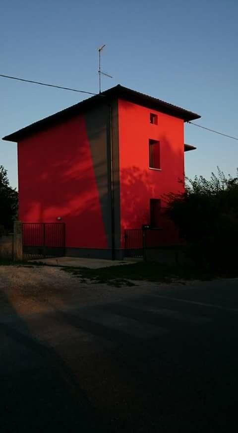Rosso a Udine ...di Lucia Giuliani