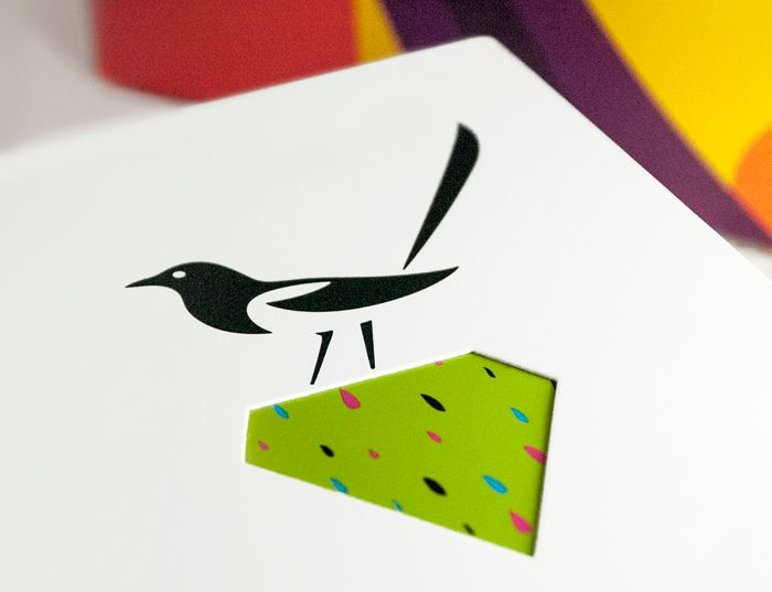 Love the bird! so beautiful!