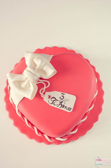 ! Dolci Creativi di Sarù - Torte decorate: AMOR - San Valentino 2013