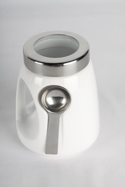 Este recipiente es ideal para almacenar azúcar. Llévalo a la mesa y disponlo para todos $24800