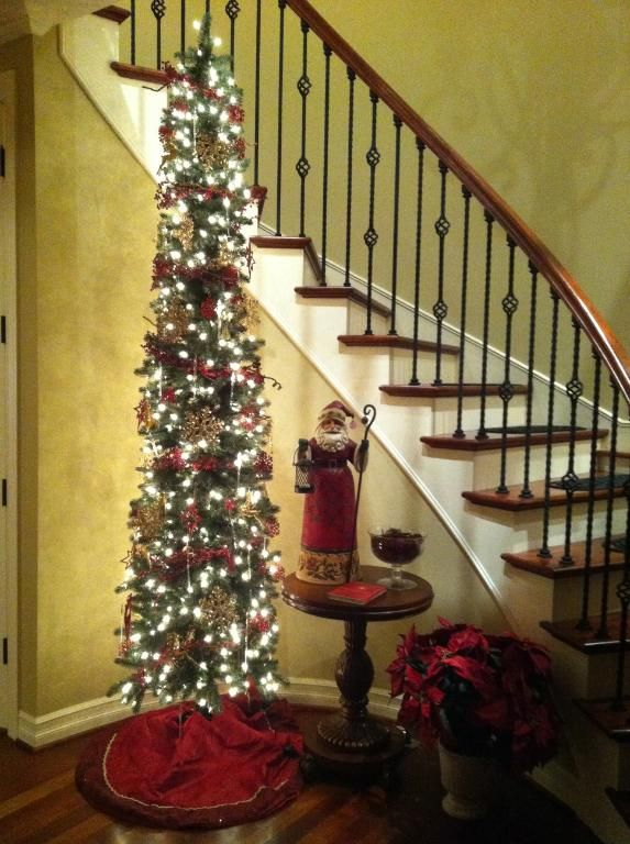 3 Easy Ways To Spruce Up Small Es For Christmas It S The Most Wonderful Time Of Year Pinterest Pencil Tree And Slim