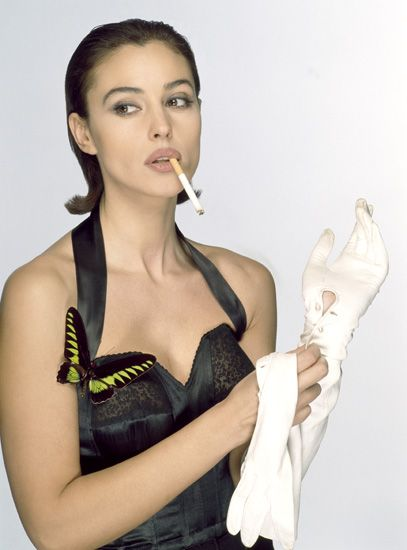 Celebrity female smokers pictures