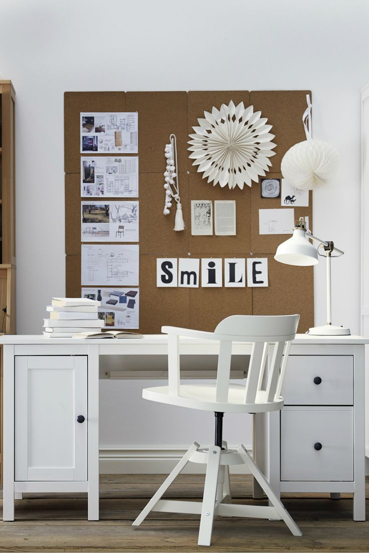 A Traditional Feel With Modern Function The Ikea Hemnes Desk Features Smart Solutions For Laptops