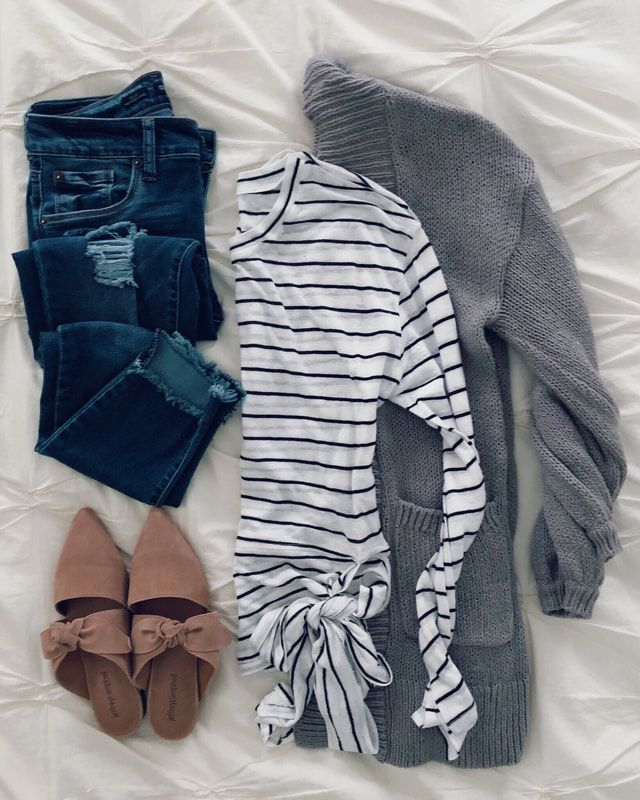 Love the outfit... I have a shirt like that, need the chunky sweater now