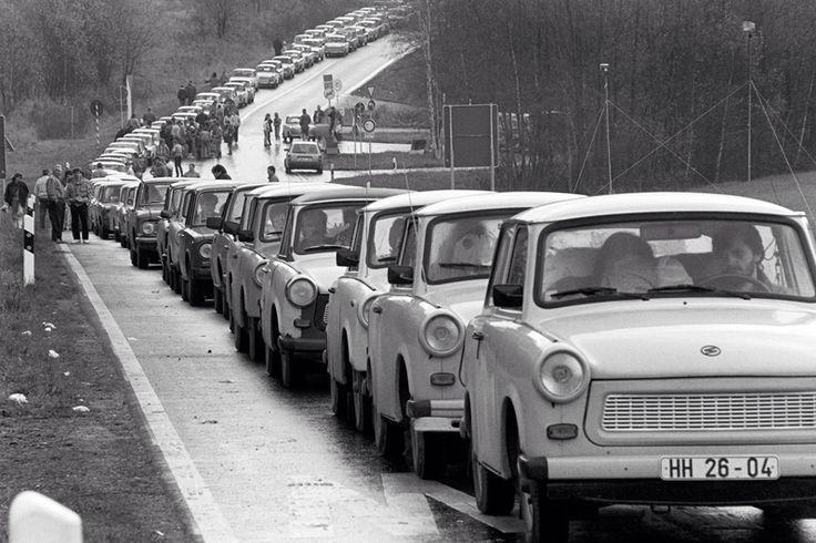 Berlin | Geleilten Stadt. Exodus from East Berlin, November 1989