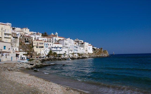 Η Χώρα της Άνδρου, φημισμένη ναυτική πολιτεία #andros #island #greece #travel http://diakopes.in.gr/trip-ideas/article/?aid=209717