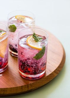 Blackberry and Meyer Lemon Gin and Tonics (makes 4) (via spoon fork bacon ) Ingredients: 12 blackberries 20 fresh mint leav...