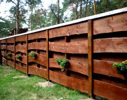 Cheap Privacy Fence Ideas   How to Get Cheap Wood Fence Panels for Your Elevated Garden Bed ...
