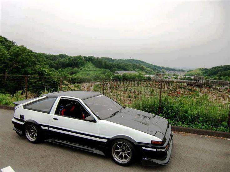 Toyota Corolla AE86 Trueno/Levin/GTS