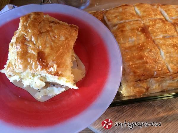 Τυρόπιτα με σφολιάτα (πανεύκολη) #sintagespareas #tiropitamesfoliata
