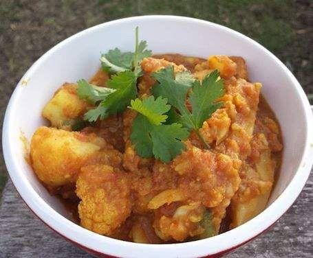 Recipe Aloo Ghobi with Potato and Cauliflower - Vegan, Whole Food Plant Based by VeganAnni - Recipe of category Main dishes - vegetarian