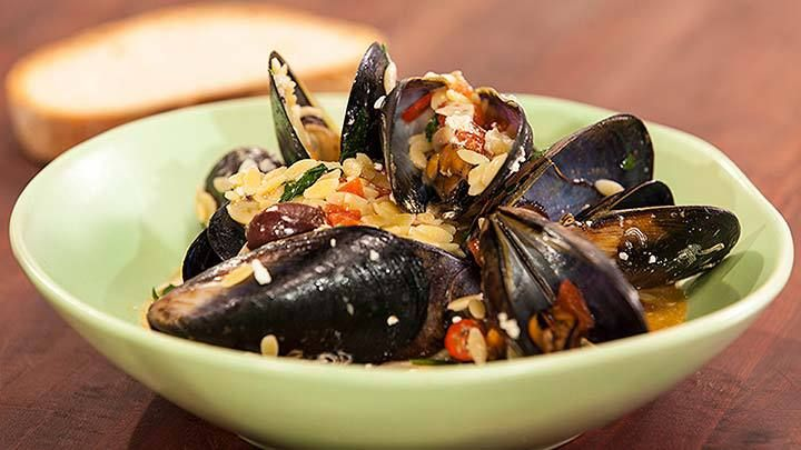 Steamed Mussels in Tomato, Ouzo, Kalamatta Olives