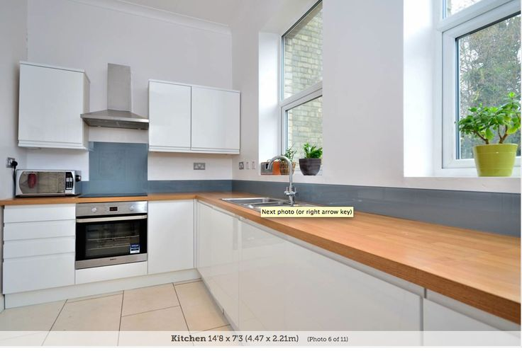 Kitchen - White grey / blue splash back