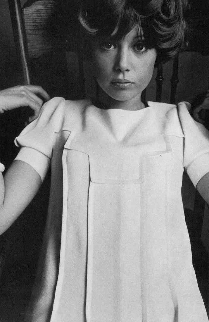 Pattie Boyd 1960's fashion