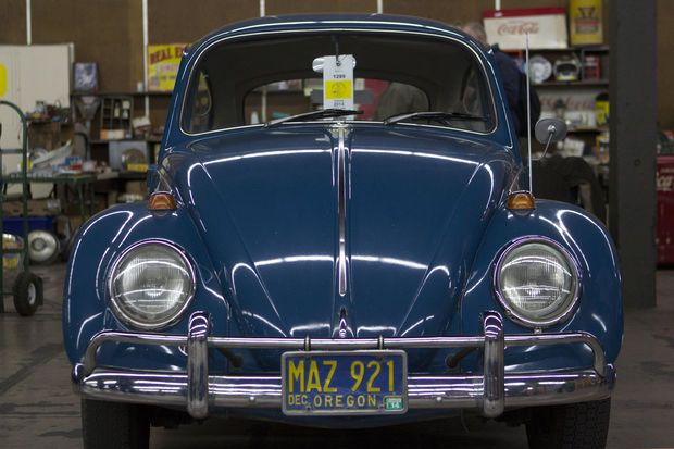 Best photos from 2014 PIR Auto Swap and Portland Swap Meet | OregonLive.com