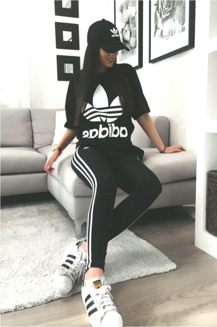 pulgada desbloquear músico  Cute Adidas Outfits For Women | Black Adidas T- Shirt, Black Adidas  Leggings & A… #outfits #outfitsdepo… | Adidas outfit women, Adidas outfit,  Outfits with leggings