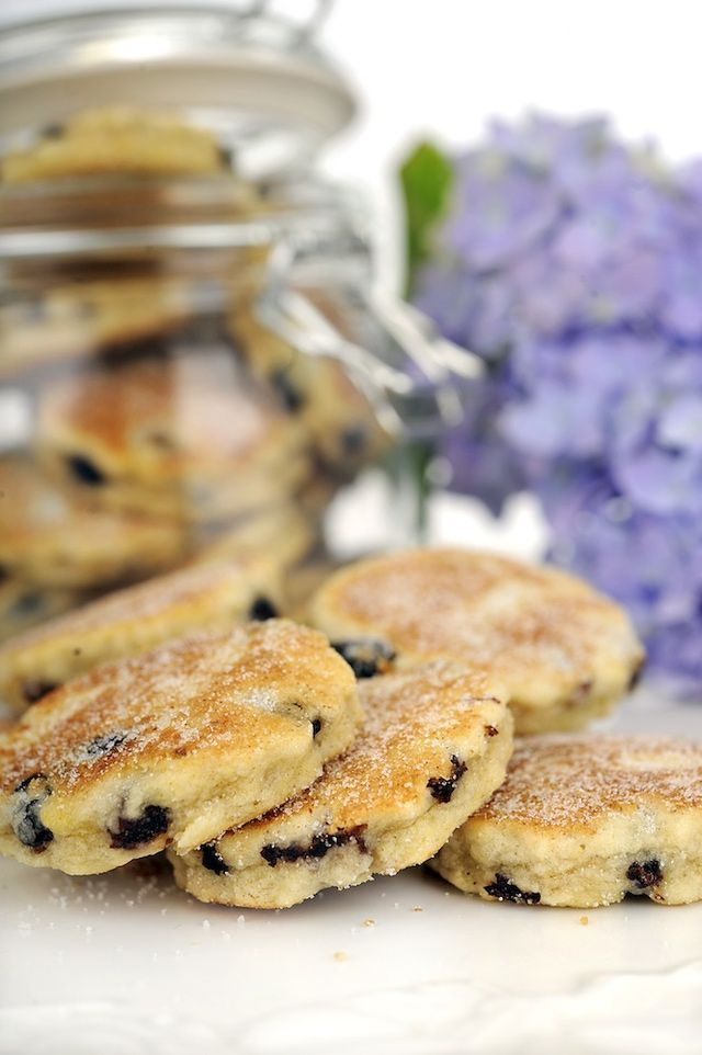 How to Make Traditional Welsh Cakes : Welsh Cakes Recipe
