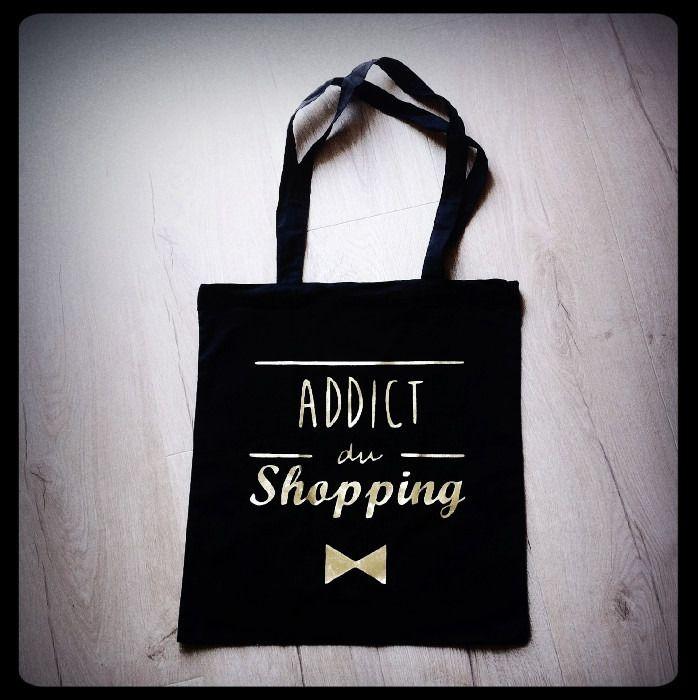 """Sac tote bag """"Addict du shopping"""" : Sacs bandoulière par gigie-bricole"""