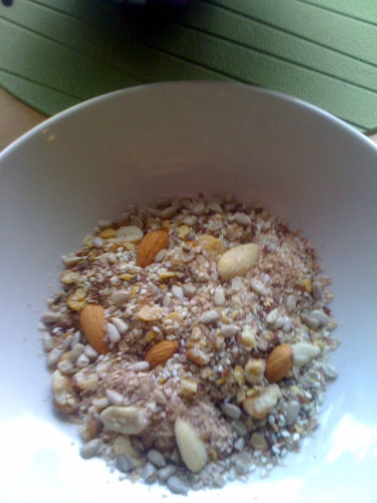 Anette`s lavkarboblogg: Hjemmelaget müsli