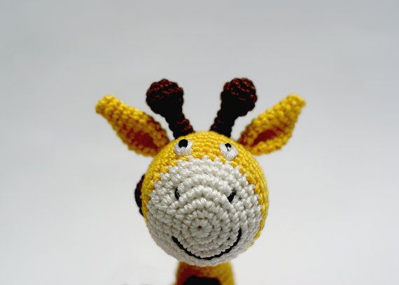 Crochet Giraffe Baby Rattle - Rattling baby toy - Teething baby toy - Yellow girrafe with brown dots - Stuffed baby toy