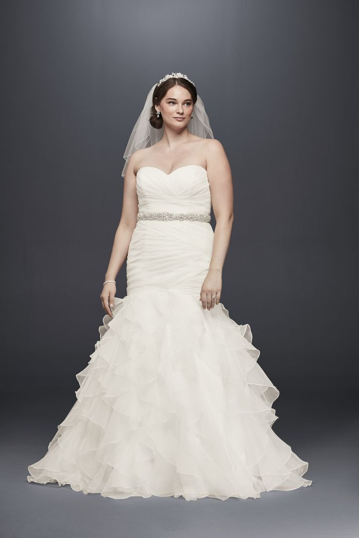 Best  Lovely and Affordable Wedding Dresses For Ladies With Curves