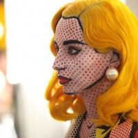 lichtenstein pop art make-up... can't decide how i feel