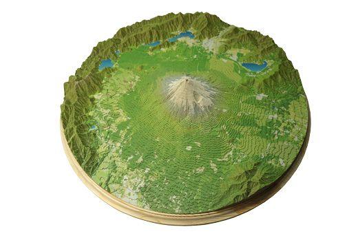 """紙で作る山岳立体模型""""やまつみ"""""""