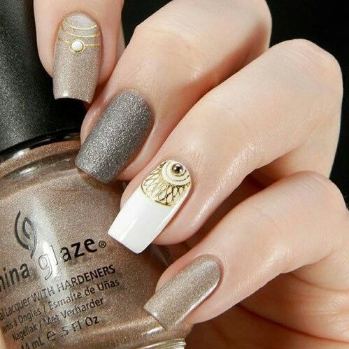 Gold nails fashion fancy