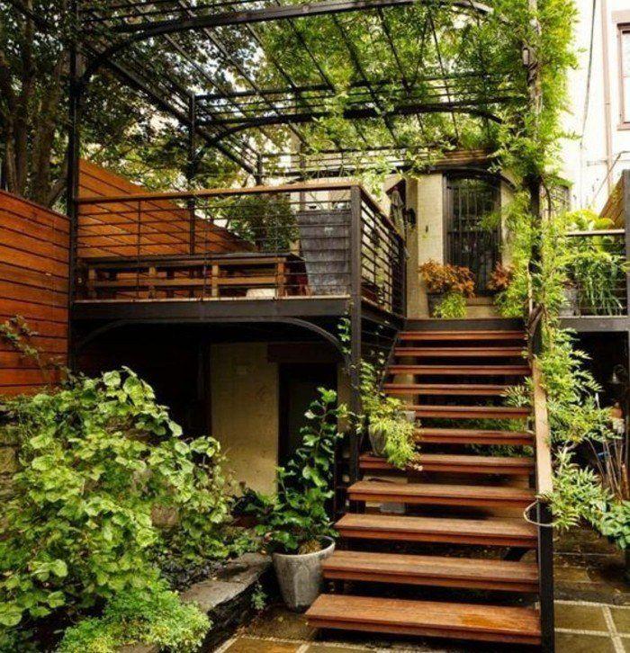 escalier exterieur, marches en bois, rambarde escalier metallique, escalier…