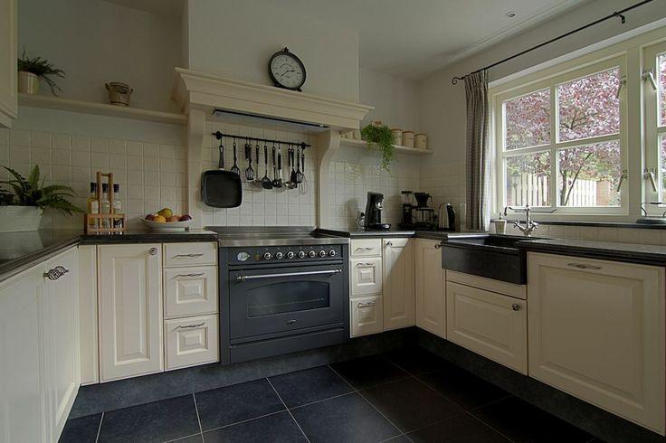 Hoekkast Keuken Oplossing : kessebohmer magic corner hoekkast kast keuken 4 rilana lammers keuken