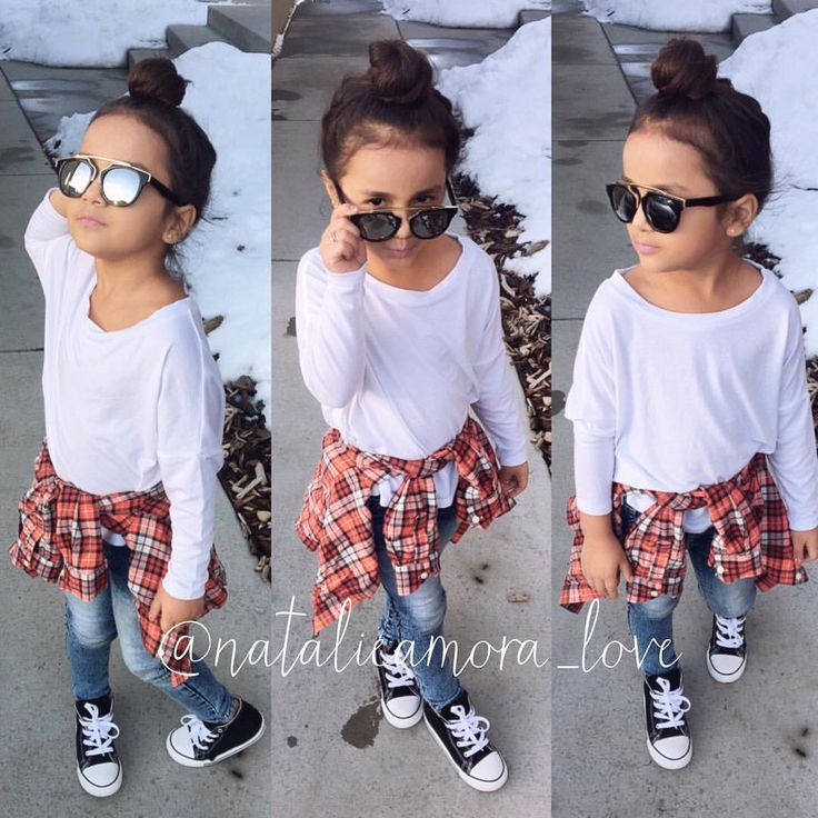 "⠀⠀⠀⠀Natalie ❃ Amora ❃ Love on Instagram: ""Happy Friday Just put some converse on Tap for outfit deets #ootd"""