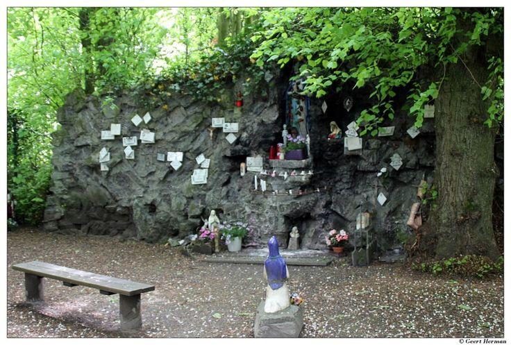 Het 'Rotske' van Lourdes-Frankrijk ligt in Heusden (Destelbergen) - Het Nieuwsblad